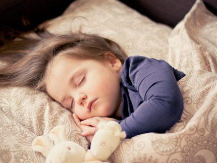 子供の寝顔